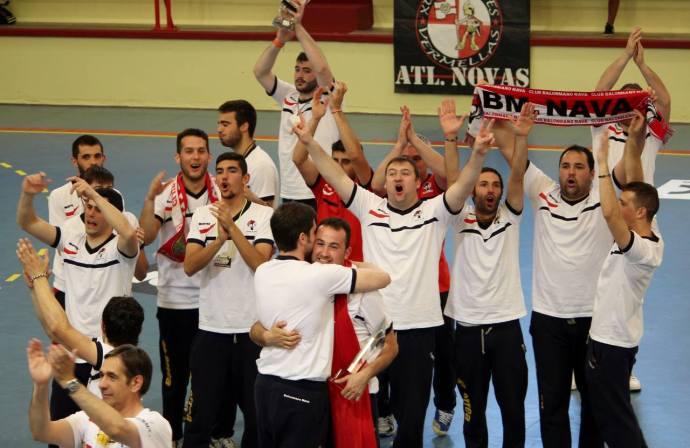 Foto: BalonmanoNava - Los campeones.